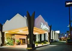 Radisson Hotel Baton Rouge - Baton Rouge, LA