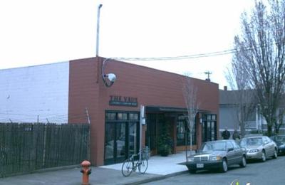 J Rollins Art Of Framing - Portland, OR