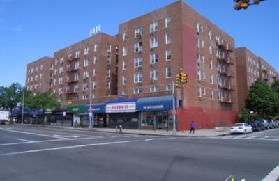 69-70 Assoc - Woodside, NY