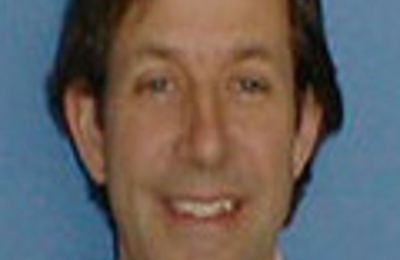 Dr. Raymond E Hubbe, MD - Florence, MA