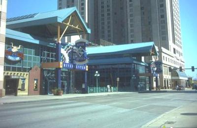 Hooters - San Antonio, TX