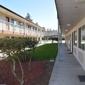 Valley Oaks Inn - Woodland, CA