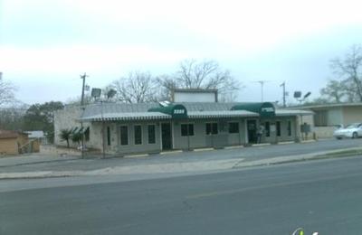 Henry's Puffy Tacos Express - San Antonio, TX