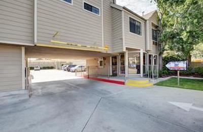 Good Nite Inn - Sylmar, CA