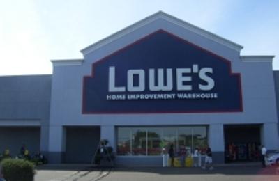 Lowe's Home Improvement - Medford, NY
