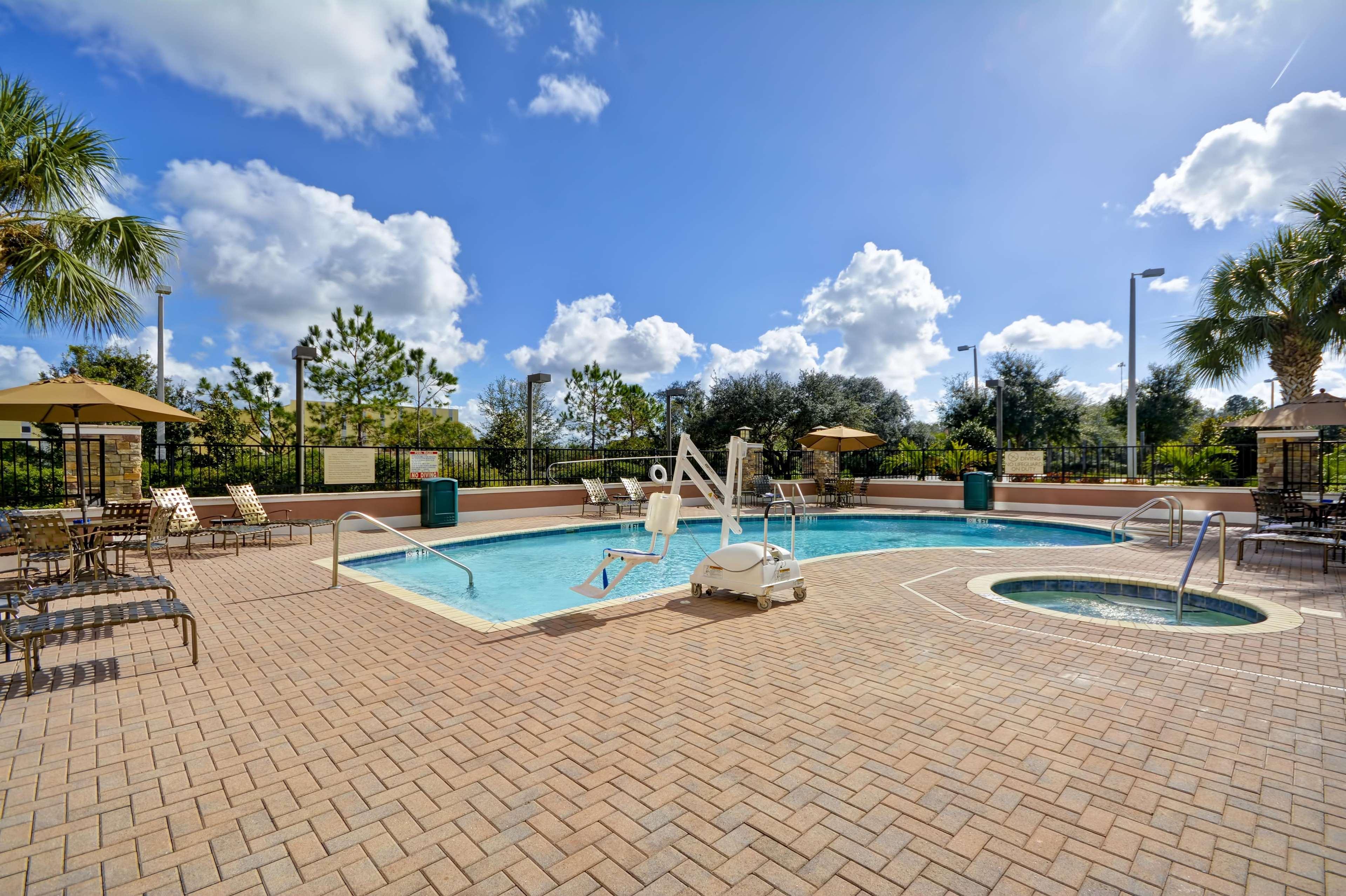 Hilton Garden Inn Tampa/Riverview/Brandon 4328 Garden Vista Dr, Riverview,  FL 33578   YP.com Awesome Design