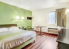 Motel 6 - Madison, WI