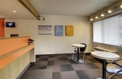 Motel 6 - Cedar Rapids, IA