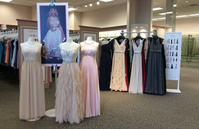 David's Bridal - Eau Claire, WI