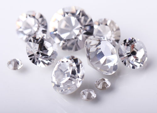 Make sure you know what to look for when buying and selling jewelry.