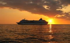 Land and Cruises