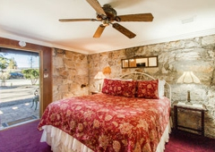 Shady Oaks Country Inn - Saint Helena, CA