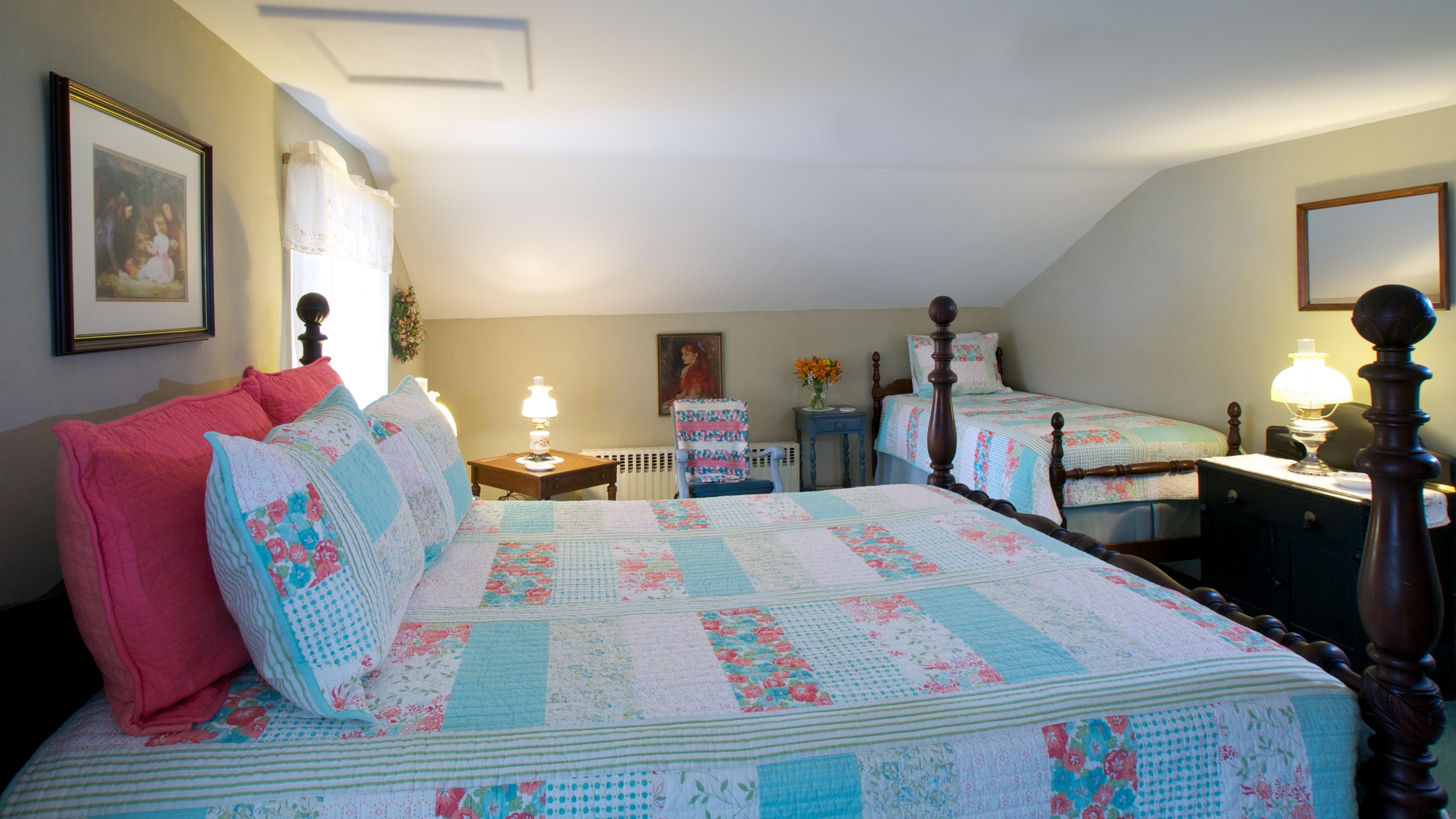 Maxwell Creek Inn Bed & Breakfast, Sodus NY