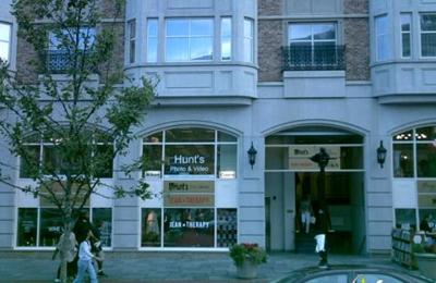 Hunt's Photo & Video - Boston, MA