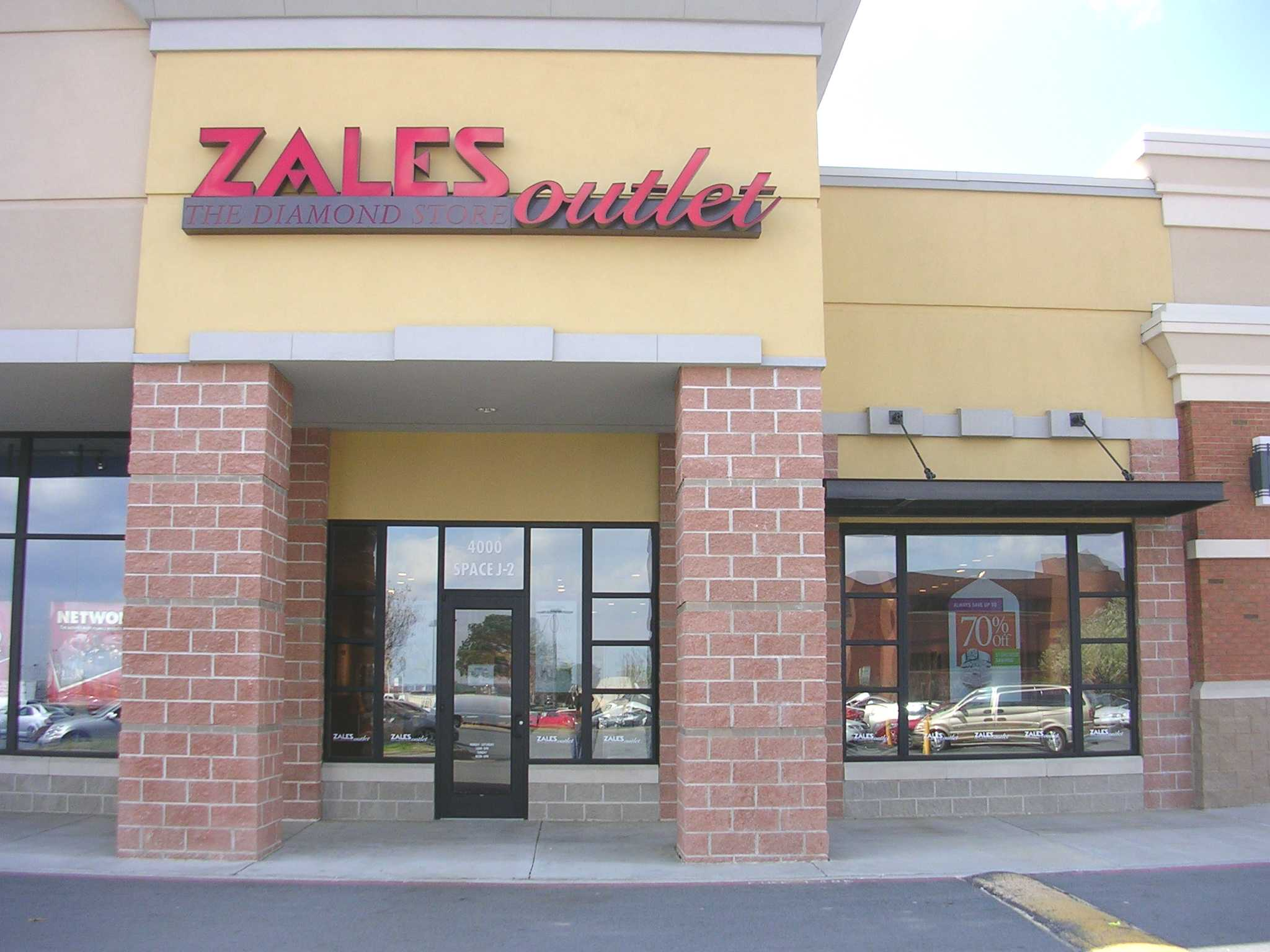 Zales Outlet 8111 Concord Mills Blvd Concord Nc 28027 Yp Com