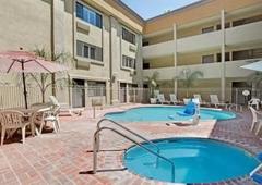 Days Inn - West Covina, CA