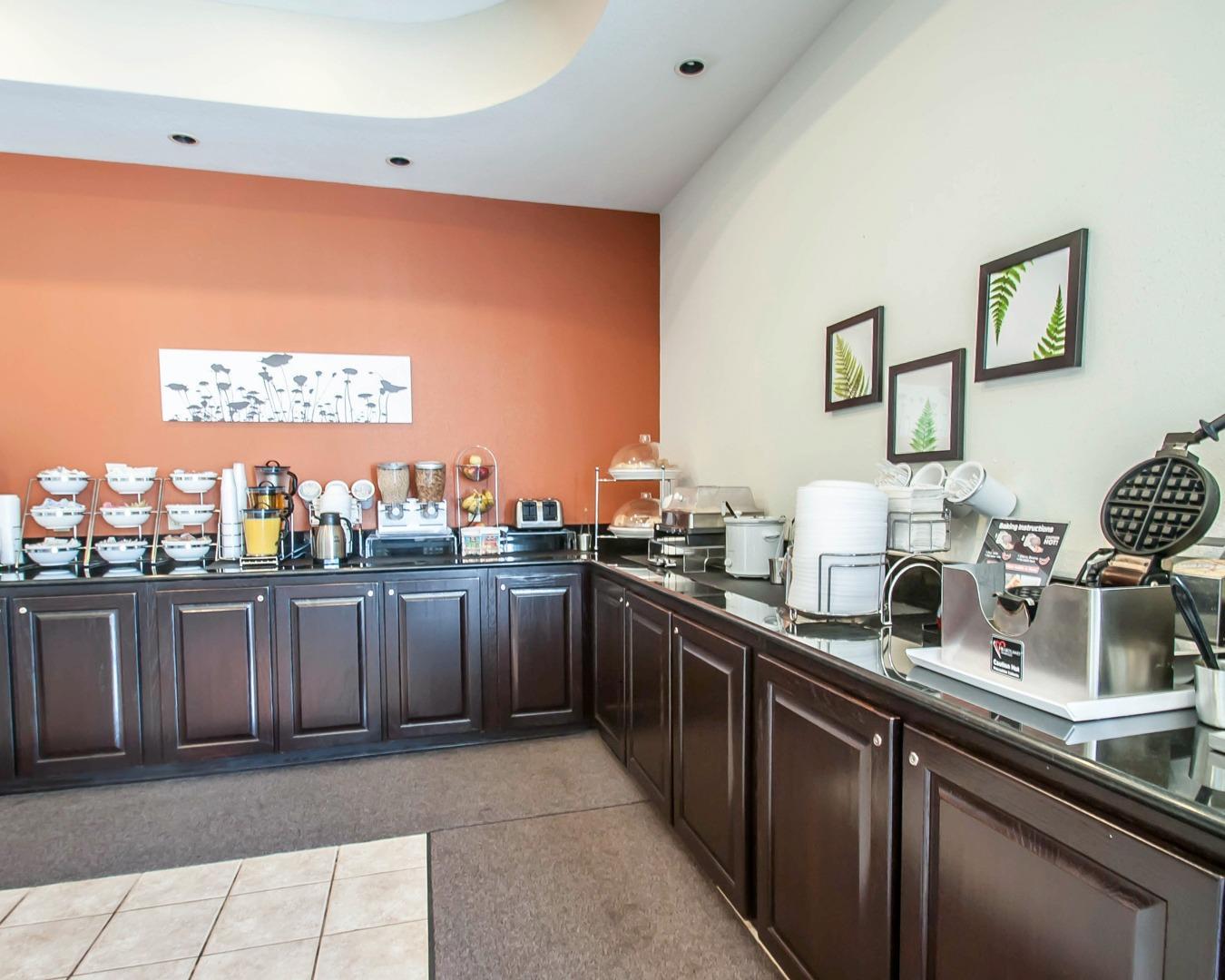 Sleep Inn & Suites Lake Of The Ozarks, Camdenton MO