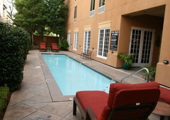 Hampton Inn New Orleans-St. Charles Ave./Garden District - New Orleans, LA