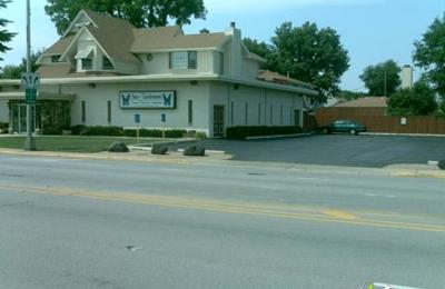 Sax-Tiedemann Funeral & Crematorium - Franklin Park, IL