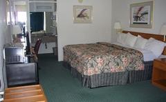 Macomb Inn