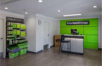 Extra Space Storage   Merrimack, NH