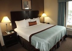 Wingate by Wyndham Southport - Southport, NC