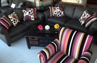 Couch Potato Furniture   Hammond, IN