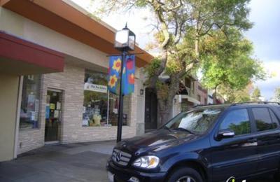 Apricot Lane - Los Altos, CA