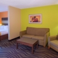 Quality Suites Near Wolfchase Galleria - Cordova, TN