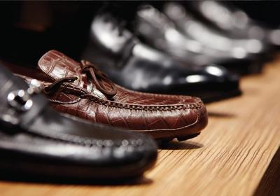 dxl shoes size 16