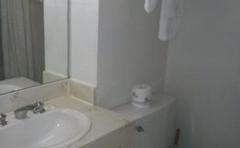 Valustay Inn & Suites