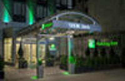 Holiday Inn Manhattan 6th Ave - Chelsea - New York, NY