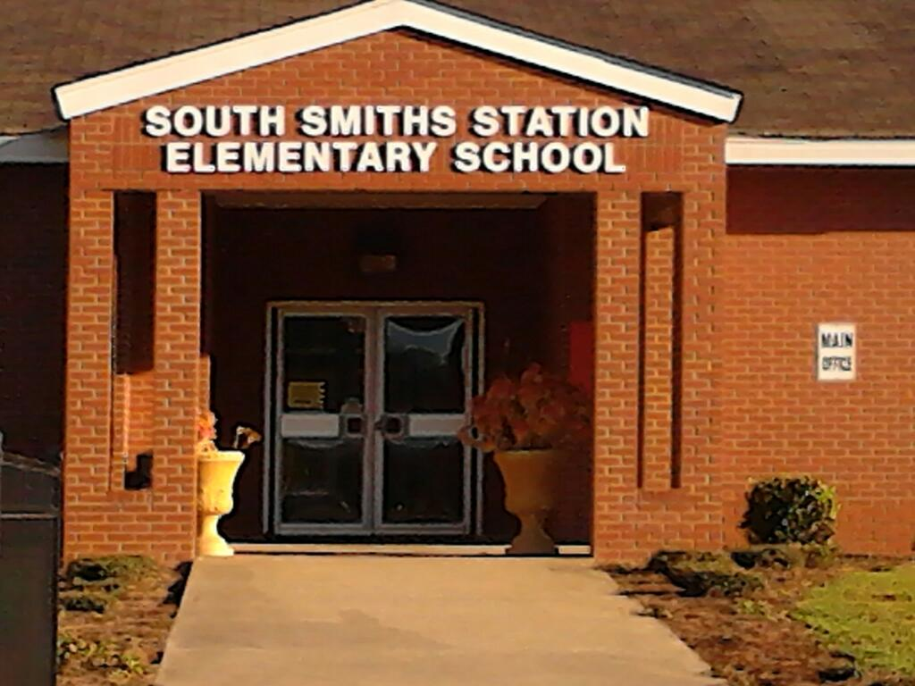 South Smiths Station Elementary School 80 Lee Road 926