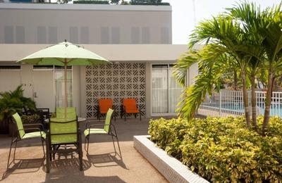Courtyard by Marriott Miami Coral Gables - Miami, FL