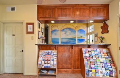 Americas Best Value Inn & Suites Half Moon Bay - Half Moon Bay, CA