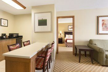 Country Inns & Suites, Lincoln NE