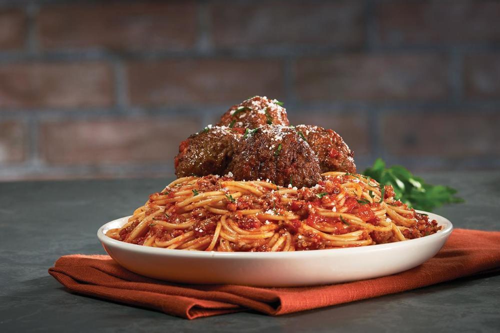 Bertucci S Italian Restaurant 160 Turnpike Rd Westborough Ma 01581 Yp