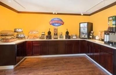 Baymont Inn & Suites - Modesto, CA