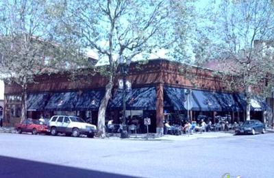 Ash Street Saloon - Portland, OR