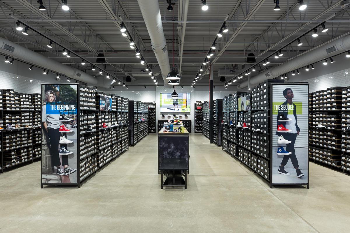 577fb21f998f Converse Factory Store 336 Nut Tree Rd