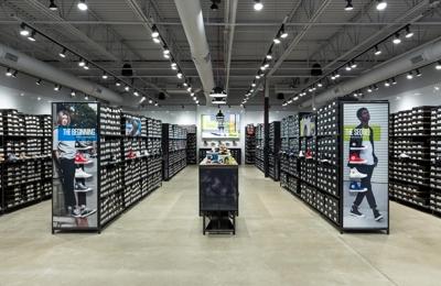 02d7c7f69ab7e5 Converse Factory Store 2910 W Loop 289 Ste 825