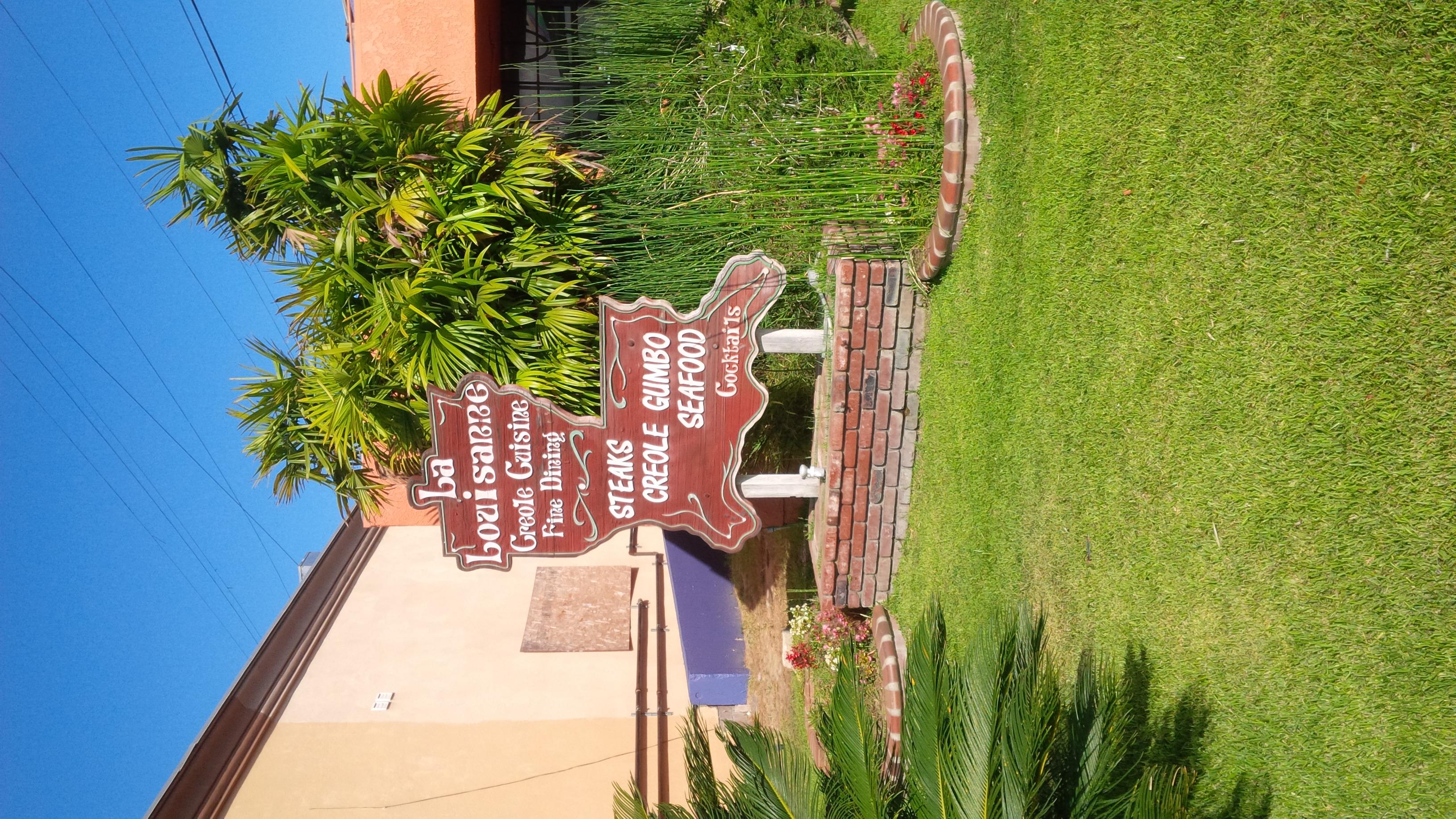 La Louisanne Creole Restaurant 5812 Overhill Dr Los Angeles CA 90043